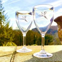 A Pair of Pheasant 11 oz Wine Glasses