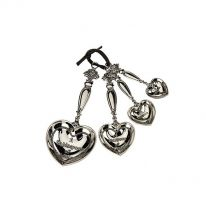 Set of 4 Measuring Spoons w. Hearts